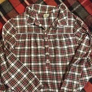 Cabela's flannel night gown size M